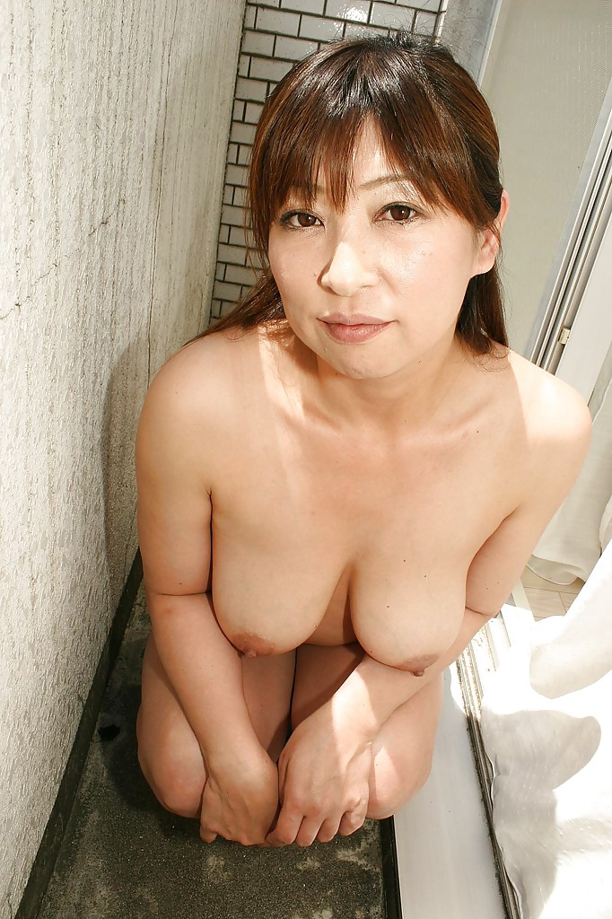 chinese Nude and and mature